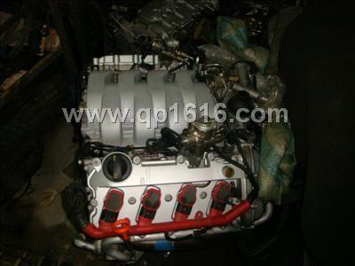 奥迪q74.2发动机