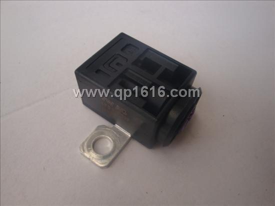 保时捷卡宴电瓶断电器95561120210